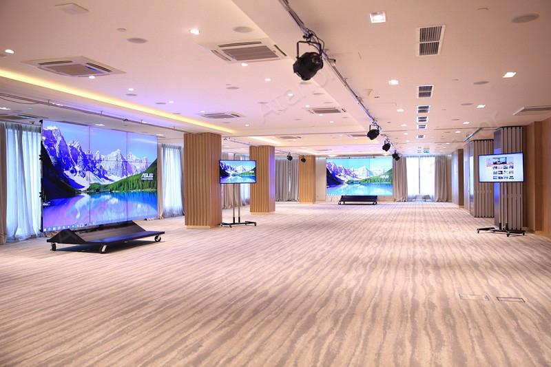 Разработки AV Production в оборудовании зала-трансформера бизнес-центра «Пальмира»