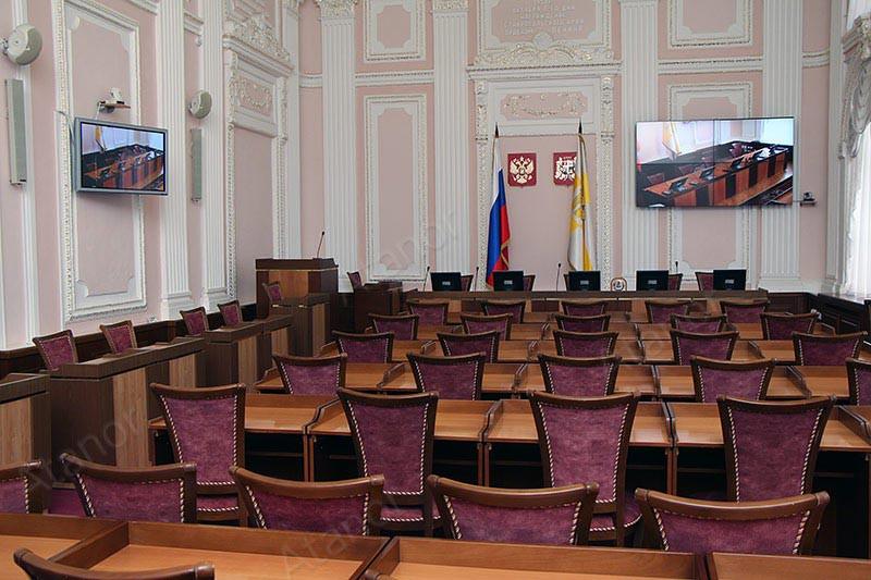 Оборудование AV Production помогло при модернизации зала совещаний в Администрации города Ставрополя.