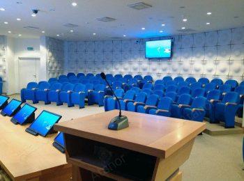 Многофункциональный конференц-зал в офисе компании «СОГАЗ» с центральным управлением от AV Production